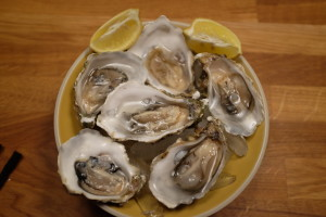 bowl of oysters