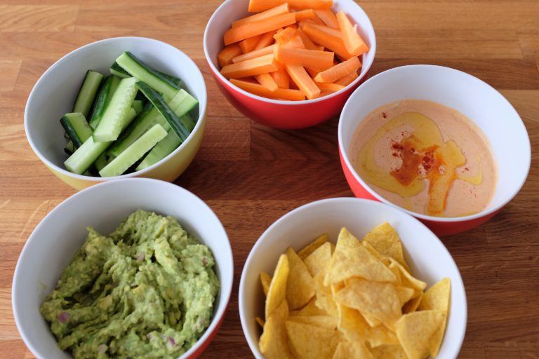 Raw vegetables, sundried tomato and jalapeno dip, nachos and guacamole!