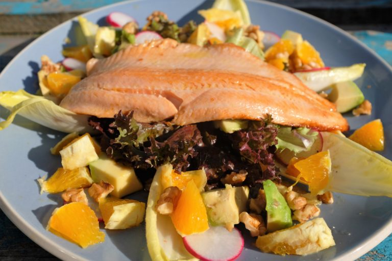 trout with orange and walnuts